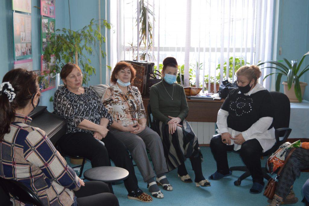Первое занятие группы в Творческой аптечке (1)