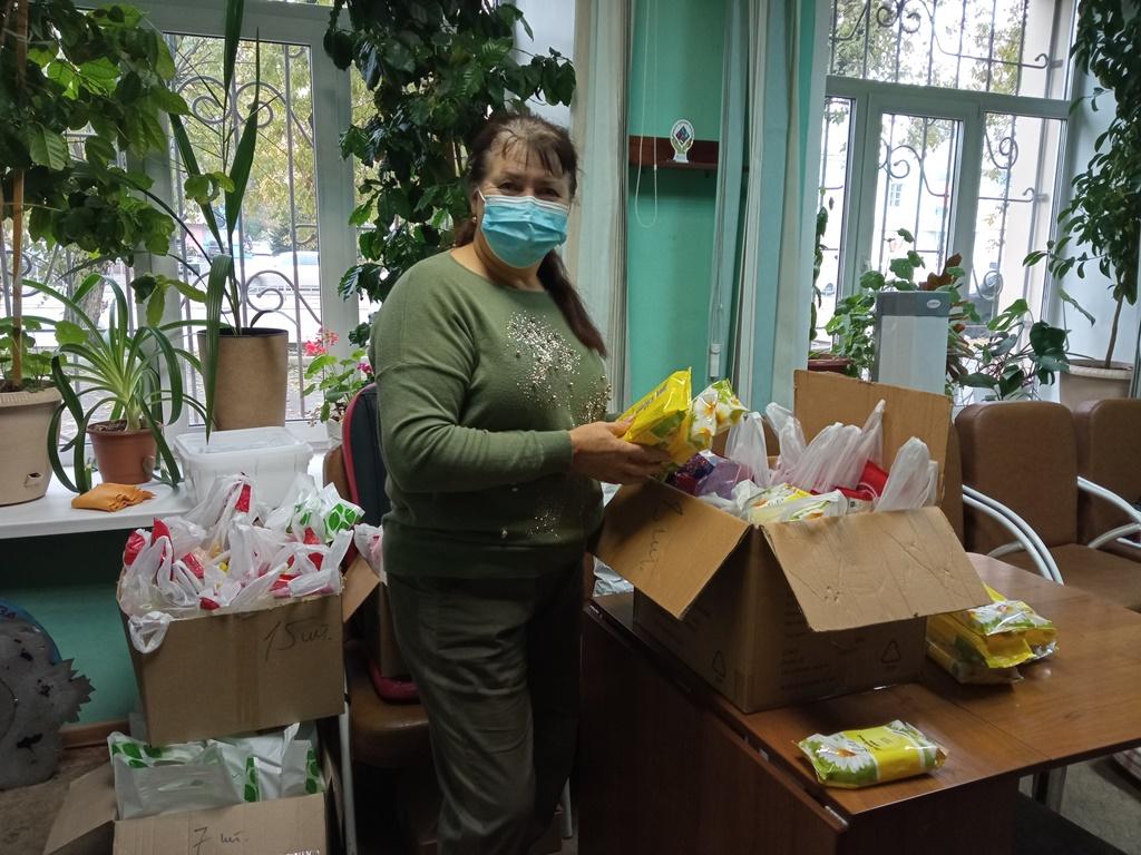 «Марафон добрых дел» АКОО «Вместе против рака» в центральном доме-интернате для престарелых и инвалидов